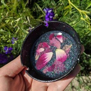 Other - Black glitter, flower petal ashtray